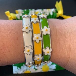NWOT Bright daisy bangles